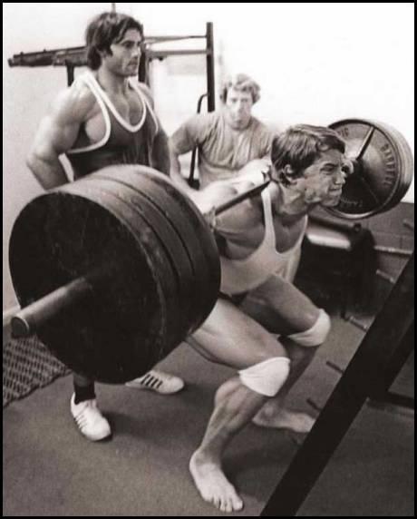 Arnold on leg day
