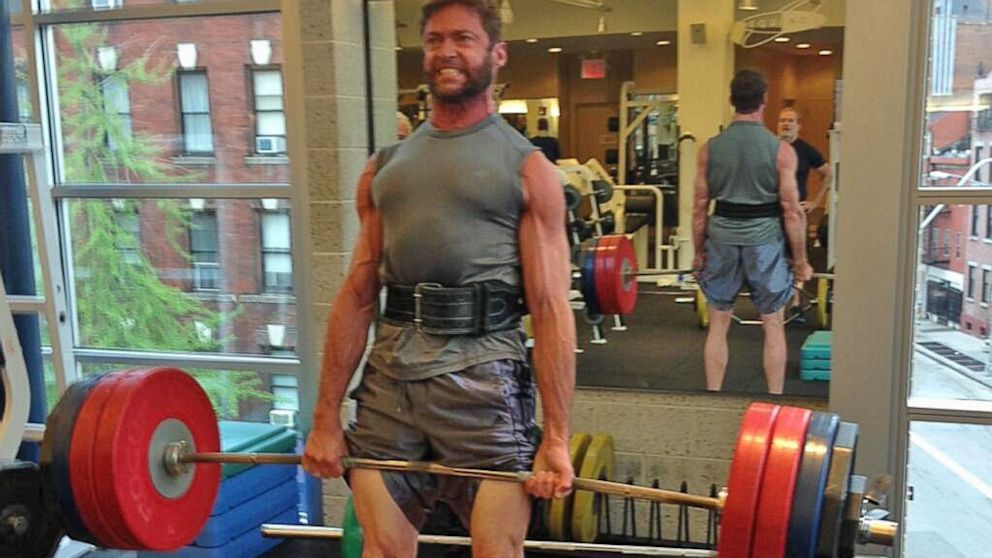 HT_hugh_jackman_working_out_weight_lifting_thg_130802_16x9_992